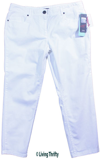 Cropped Pants for a Hot Spring